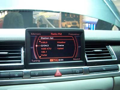 2006 NY AUTO SHOW: B&O Advanced Sound System in the Audi S8