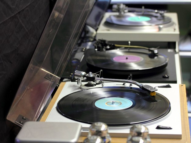 Three vintage turntables at Innovative Audio in Vancouver British Columbia