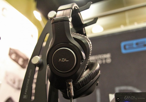ADL ADL-H118 headphone