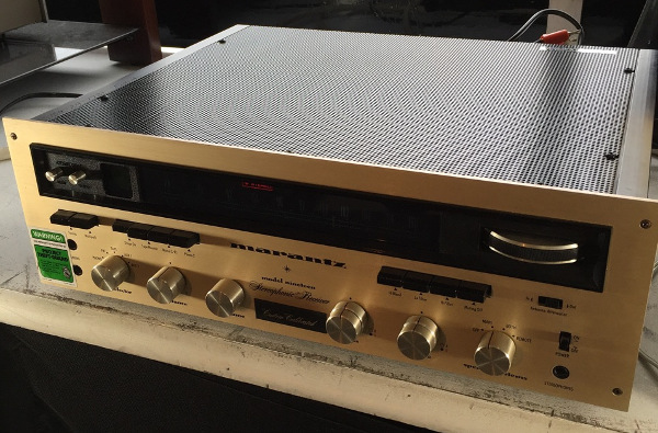 how do i hook up my turntable to my receiver