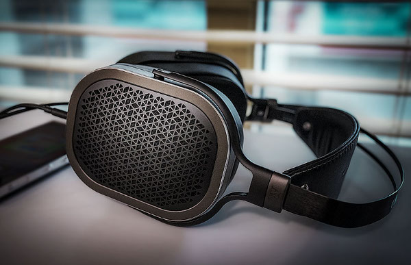 Acoustic Research AR-H1 Headphones Review