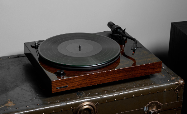 Fluance Unveils 4 Reference Series Turntables