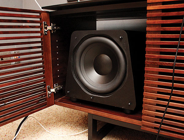 The Cabinet Amp The Subwoofer Sound Amp Vision