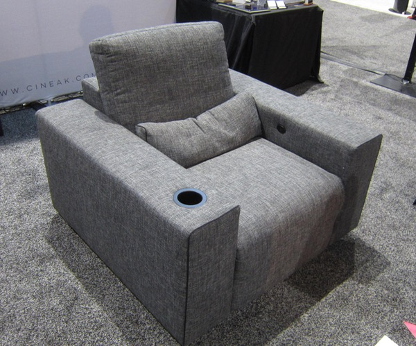 Cineak Home Theater Recliner Is Audiophile-Approved