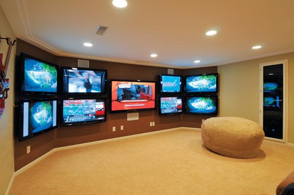 the ultimate sports den sound vision. Black Bedroom Furniture Sets. Home Design Ideas