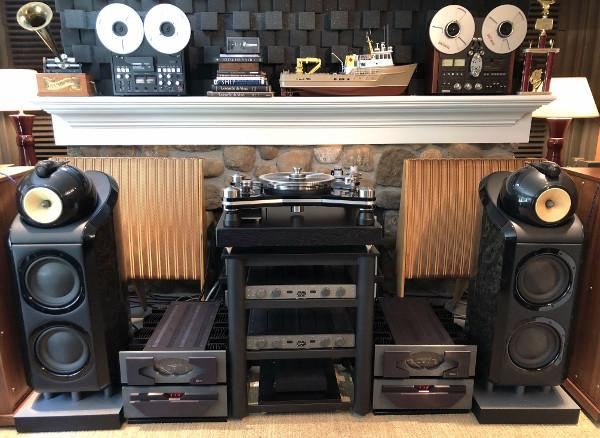 Rare B&W Speakers Anchor Skyfi's System of the Week