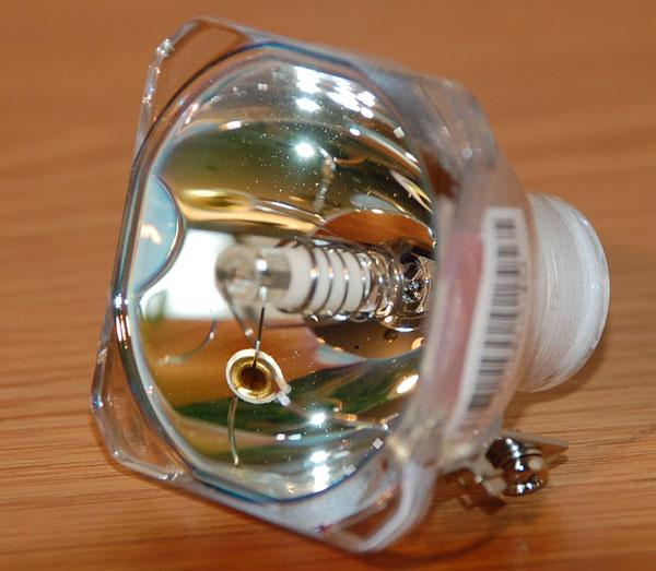 перевод Альфа замена лампы в проекторе на светодиод популярными