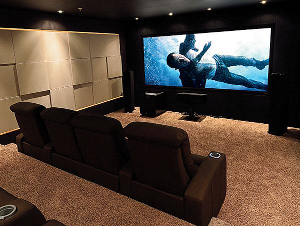 Seymour Screen Excellence Ambient Visionaire Black 12 Projection