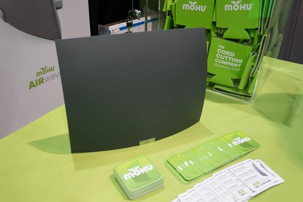 Mohu S Wireless Antenna Combines Local Live Tv With Streaming