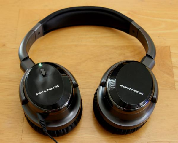 311581e002b I've been searching a long time for a good noise-cancelling headphone  priced around $100—something that might approach the performance of the  $299 Bose ...