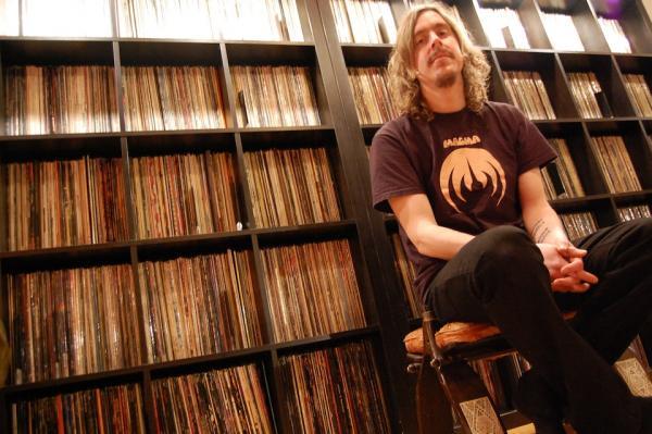 Coleccionar vinilos: vicio, consumismo, enfermedad, placer... - Página 11 Opeth-mikael-records